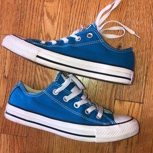 Bright blue converse, size 6 women's